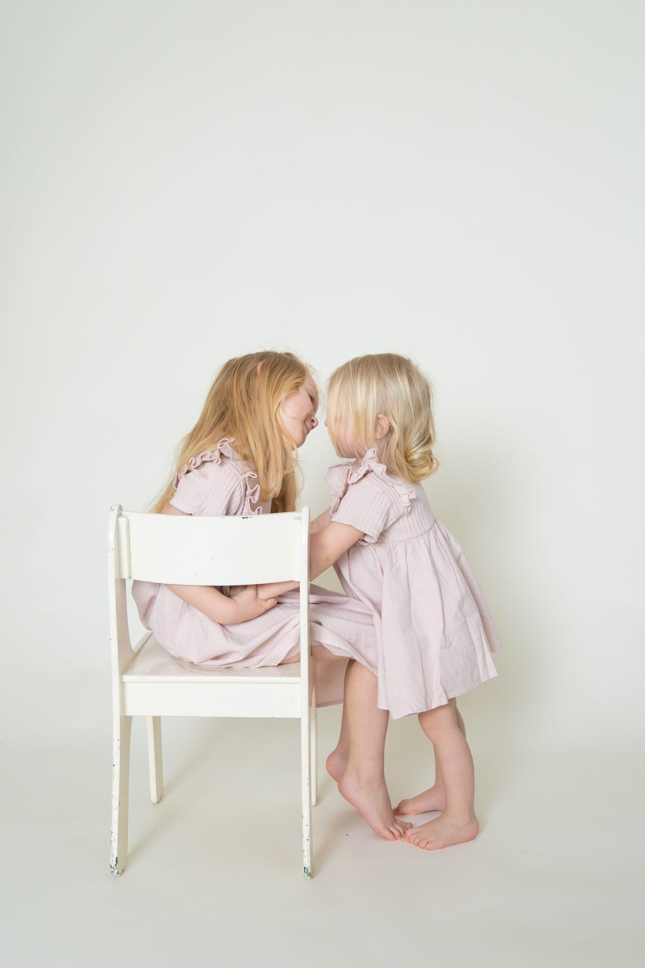 Fotostudio in Borchen spielende Kinder (17)